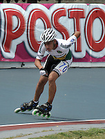 CUCUTA - COLOMBIA - 17-05-2013: Juan Felipe Reyes, patinador de Santander, en la prueba de los 300 metros contra reloj individual, prejuvenil  varones, en el Campeonato Nacional Interligas en la ciudad de Cucuta, mayo 17 de 2013. (Foto: VizzorImage / Luis Ramirez / Staff). Juan Felipe Reyes skater from Santander, in testing the 300 meters individual time, prejuvenil men in the Interleague National Championship in the city of Cucuta, May 17, 2013. (Photo: VizzorImage / Luis Ramirez / Staff)
