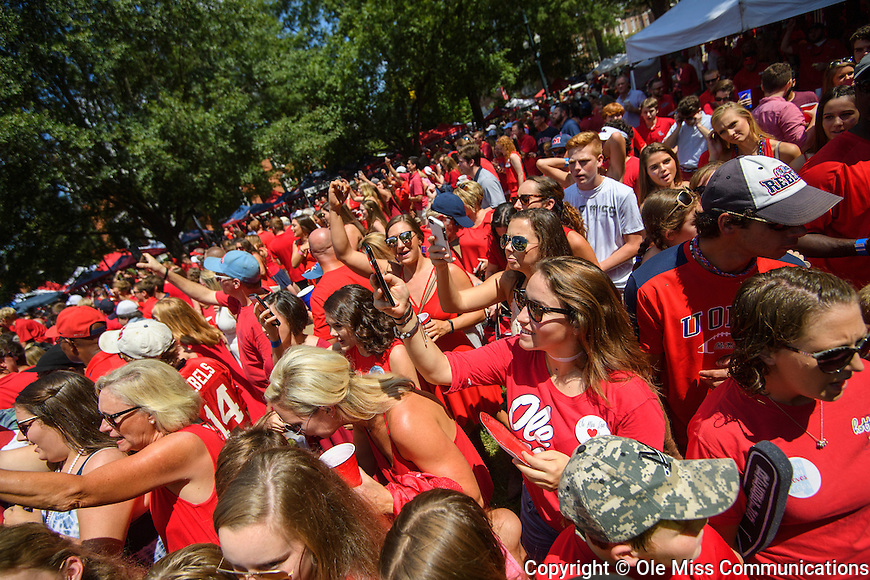 Ole Miss football vs. Wofford in Oxford, Miss., Saturday, Sept. 10, 2016. Photo by Thomas Graning/Ole Miss Communications