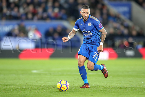 28th November 2017, King Power Stadium, Leicester, England; EPL Premier League Football, Leicester City versus Tottenham Hotspur; Danny Simpson of Leicester City brings the ball forward