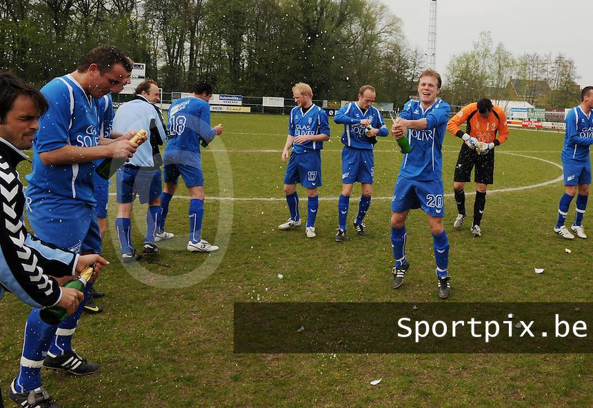 Dosko Beveren - SV Rumbeke :..Rumbeke Kampioen..foto VDB / BART VANDENBROUCKE