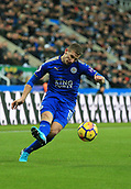 9th December 2017, St James Park, Newcastle upon Tyne, England; EPL Premier League football, Newcastle United versus Leicester City; Marc Albrighton of Leicester City crosses the ball