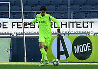 20191022 – OOSTENDE , BELGIUM : Brugge's Senne Lammens pictured during a soccer game between Club Brugge KV and Paris Saint-Germain ( PSG )  on the third matchday of the UEFA Youth League – Champions League season 2019-2020 , thuesday  22 th October 2019 at the Versluys Arena in Oostende  , Belgium  .  PHOTO SPORTPIX.BE   DAVID CATRY