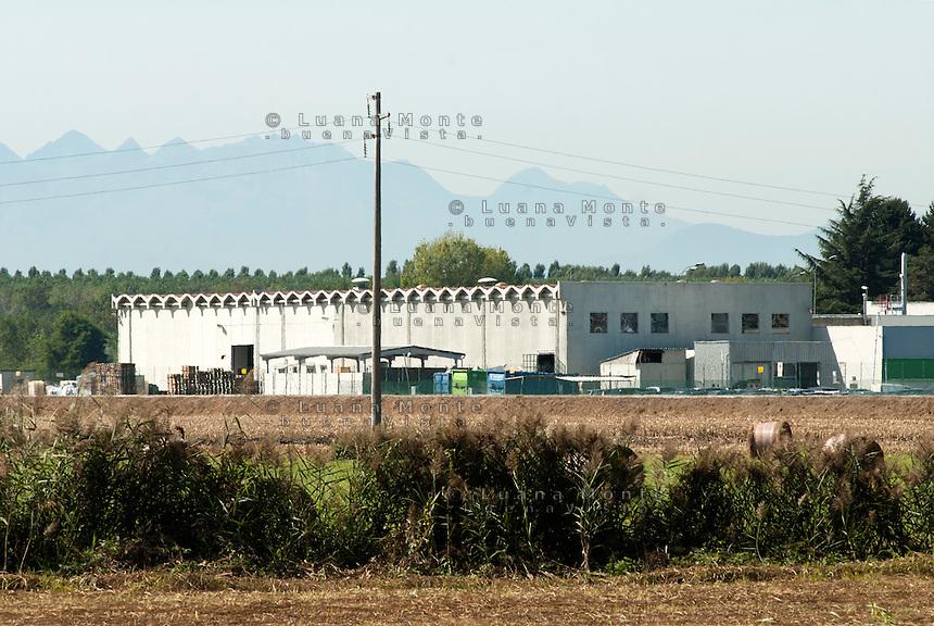 """Complesso """"Sorin"""". Saluggia (Vercelli), 21 settembre 2011...""""Sorin"""" plant. Saluggia (Vercelli), September 21, 2011"""
