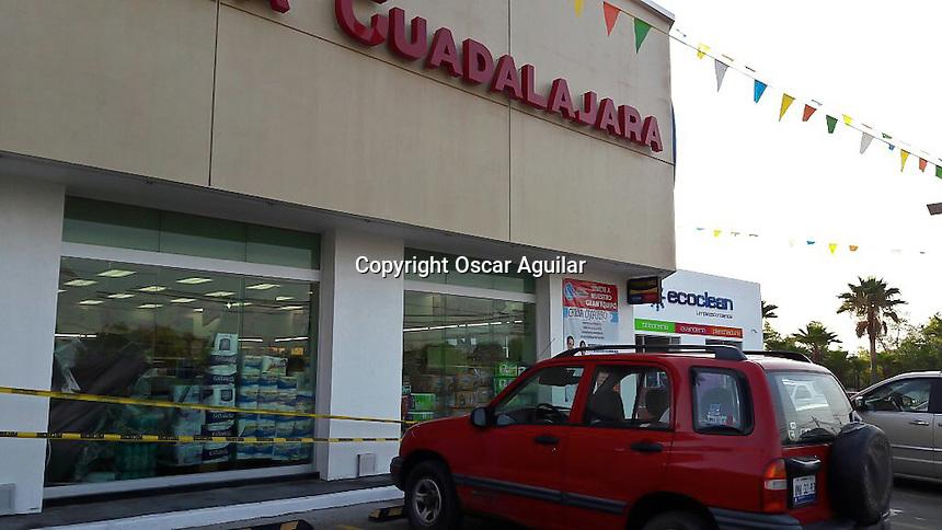 Robo a farmacia Guadalajara_OA_0602.JPG   Obture Press Agency
