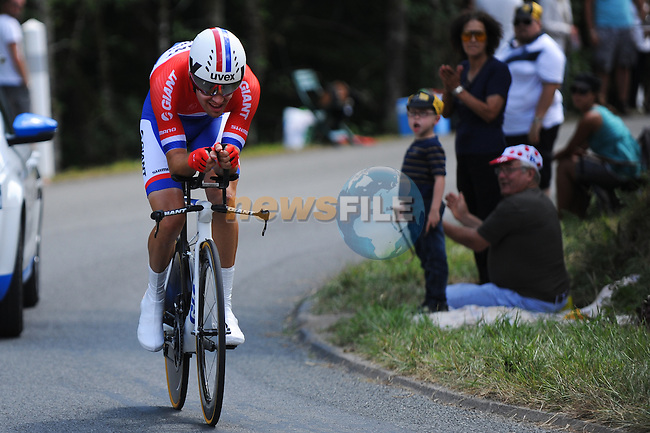 Dutch Champion Tom Dumoulin (NED) Team Giant-Shimano in action during Stage 20 Individual Time Trial of the 2014 Tour de France running 54km from Bergerac to Perigueux. 25th July 2014.<br /> Photo ASO/G.Demouveaux/www.newsfile.ie
