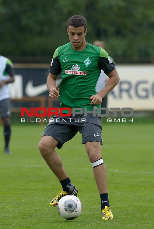 30.08.2013, Trainingsgelaende, Bremen, GER, 1.FBL, Training Werder Bremen, im Bild Franco Di Santo (Bremen #9)<br /> <br /> Foto &copy; nph / Frisch