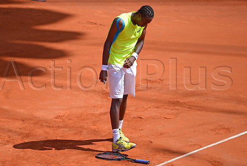 17.07.2013. Hamburg, Germany.  France's Gael Monfils steps on his racket during the second round match against Argentina's Monaco during the 2013 International German Open at Am Rothenbaum inHamburg,Germany, 17July 2013.