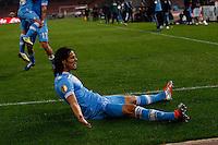 NAPOLI 08/11/2012 - GRUPPO F UEFA  EUROPA LEAGUE.INCONTRO NAPOLI - DNIPRO.NELLA FOTO   ESULTANZA GOL  EDINSON CAVANI 3 2 .FOTO CIRO DE LUCA