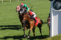 LEXINGTON, KY - April 08, 2017, #1 Holding Gold and jockey Joel Rosario win the 21st running of the Shakertown Grade 2 $200,000 for owner Live Oak Plantation and trainer Mark Casse at Keeneland Race Course.  Lexington, Kentucky. (Photo by Candice Chavez/Eclipse Sportswire/Getty Images)