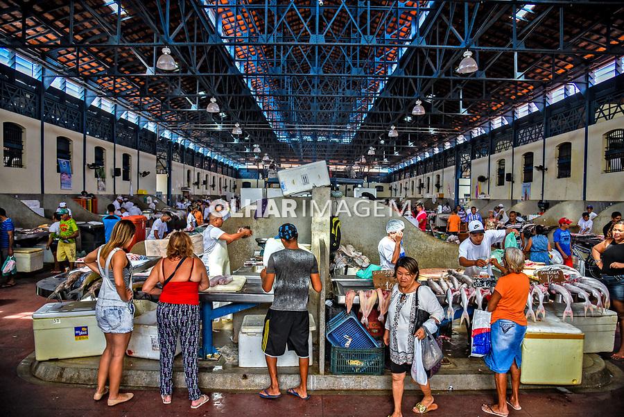 Comercio de pescado no Mercado Ver O Peso, Belem. Para. 2017. Foto Luciana Whitaker