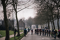 peloton in echelons after the final ascent of the Kemmelberg<br /> <br /> 81st Gent-Wevelgem in Flanders Fields (1.UWT)<br /> Deinze &gt; Wevelgem (251km)