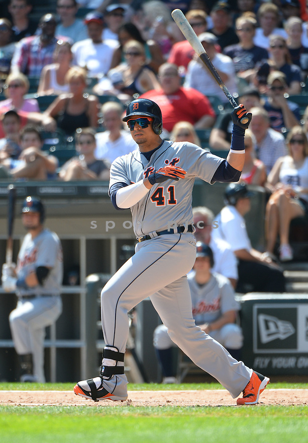 Detroit Tigers Victor Martinez (41) during a game against the Chicago White Sox on August 31, 2014 at US Cellular Field in Chicago, IL. The Tigers beat the White Sox 8-4.