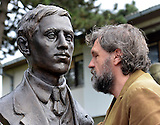 Emir Kusturica enthüllt Denkmal für Gavrilo Princip