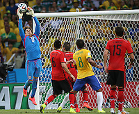 Fortaleza, Brazil - Tuesday, June 17, 2014: Mexico and Brazil played to a 0-0 draw during World Cup group play at Est&aacute;dio Castel&atilde;o.<br />