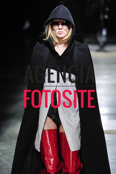 Wanda Nylon<br /> <br /> Paris - Inverno 2016<br /> <br /> <br /> foto: FOTOSITE