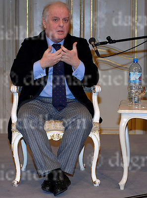 January 6, 2009 at the State Opera in Berlin.Conductor Daniel Barenboim in a press conference in Berlin,Germany.The West-Eastern Divan Orchestra was scheduled to begin its tenth anniversary concert tour in Doha, Qatar with a concert on January 10th. Due to the escalating violence in Gaza and the resulting concerns for the musiciansÕ safety, the concert had to be postponed indefinitely. The orchestra will instead perform on January 12th in the German State Opera in Berlin.
