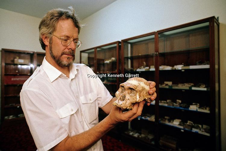 Dawn of Humans; Human Evolution; a. Africanus; Australopithecus Africanus; Francis Thackeray; Pretoria; South Africa; Mrs Ples; Fossil; Skull