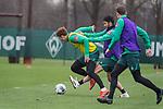 17.01.2020, Trainingsgelaende am wohninvest WESERSTADION,, Bremen, GER, 1.FBL, Werder Bremen Training ,<br /> <br /> <br />  im Bild<br /> <br /> Joshua Sargent (Werder Bremen #19)<br /> Nuri Sahin (Werder Bremen #17)<br /> <br /> <br /> Foto © nordphoto / Kokenge