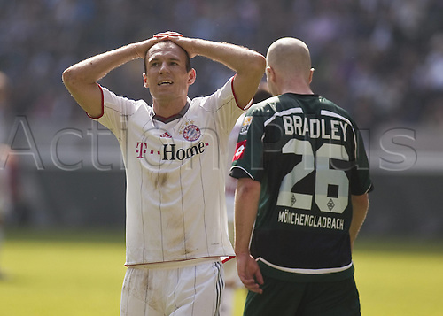 24.4.2010 Bundesliga Matchday 32, League 1 Borussia Moenchengladbach v  FC Bayern Munich. The match resulted in a 1-1 draw.Arjen seals FCB disappointed Michael Bradley BMG VfL Borussia Moenchengladbach Bayern Munich