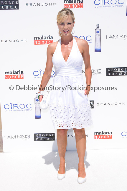 Julie Benz at The White Party presented by P-Diddy ,Ashton Kutcher & Malaria No More held at  private Estate in Cold Water Canyon, California on July 04,2009                                                                   Copyright 2009 Debbie VanStory / RockinExposures