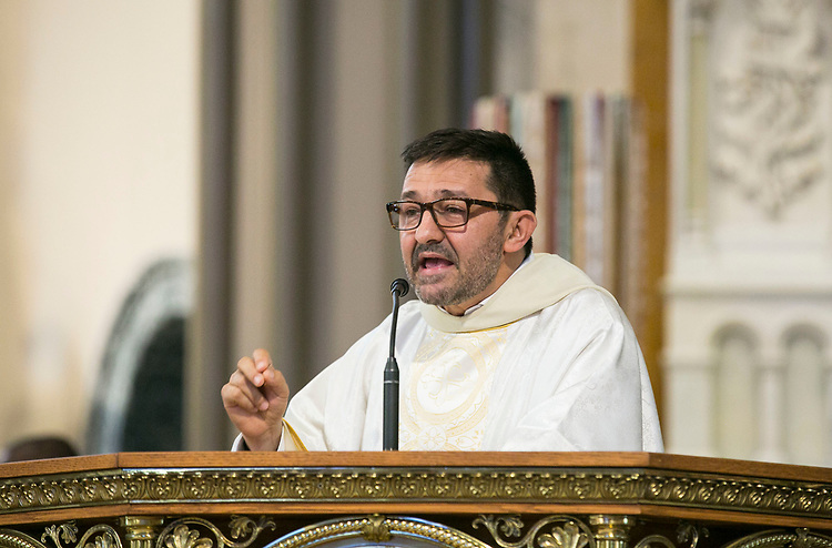 The Rev. Guillermo Campuzano, C.M., offers the homily during the annual Baccalaureate Mass at the Saint Vincent de Paul Parish Church on DePaul University's Lincoln Park Campus Friday, June 9, 2017. The event was part of the 119th commencement ceremonies for the Chicago university. (DePaul University/Jamie Moncrief)