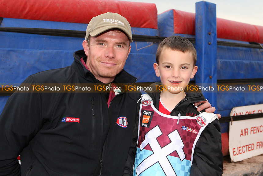 Stuart Robson with the Hammers Mascot - Lakeside Hammers vs Poole Pirates, Elite League Speedway at the Arena Essex Raceway, Purfleet - 05/06/09 - MANDATORY CREDIT: Rob Newell/TGSPHOTO - Self billing applies where appropriate - 0845 094 6026 - contact@tgsphoto.co.uk - NO UNPAID USE.