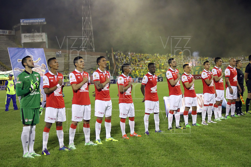 NEIVA-HUILA -COLOMBIA, 22-NOVIEMBRE-2014. <br /> Formacion del Independiente Santa Fe   que enfrenta al  Atletico Huila  partido por los cuadrangulares semifinales 3 fecha  de la Liga Postobón II 2014 jugado en el estadio Guillermo Plazas Alcid de la ciudad de Neiva./ training Independiente Santa Fe  against   Atletico Huila  the side of the quadrangular  semifinal  3th date Postobón II League 2014 played at Guillermo Plazas Alcid  stadium in Neiva city.Photo / VizzorImage / Felipe Caicedo  / Staff