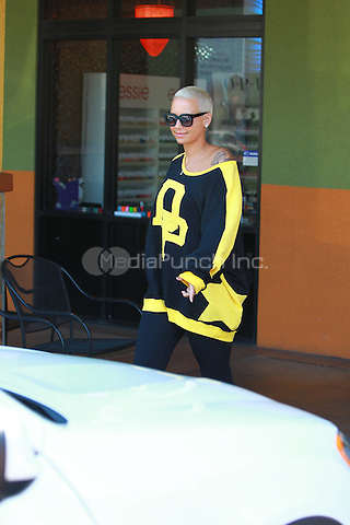 September 4 2014 Studio City California. Amber Rose Sighted at a nail salon getting a manicure and pedicure in Studio City John Misa / MediaPunch