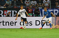 Joshua Kimmich (Deutschland Germany) gegen Taijo Teniste (Estland, Estonia) - 11.06.2019: Deutschland vs. Estland, OPEL Arena Mainz, EM-Qualifikation DISCLAIMER: DFB regulations prohibit any use of photographs as image sequences and/or quasi-video.