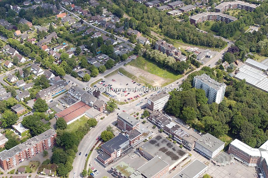 Deutschland, Schleswig-Holstein, Glinde, Stadtansicht, Parkplatz, Moellner Landstrasse, Schroedersweg