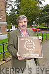 Tralee tidy towns volunteers celebrate the Entente Florale gold award on Tuesday Peter Colleran, Tobar Naofa.