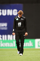 NZ's Jacob Oram during 2nd Twenty20 cricket match match between New Zealand Black Caps and West Indies at Westpac Stadium, Wellington, New Zealand on Friday, 27 February 2009. Photo: Dave Lintott / lintottphoto.co.nz