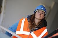 SCHAATSEN: HEERENVEEN: IJsstadion Thialf, 23-09-2015, Perspresentatie Team Clafis, rondleiding ver(nieuw)bouw, Heather Richardson, ©foto Martin de Jong