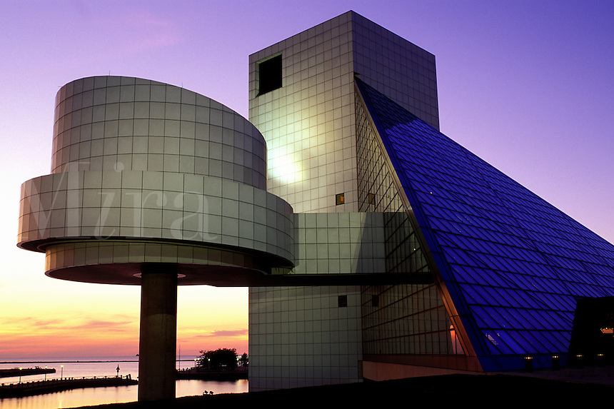 rock 'n roll, hall of fame, Cleveland, OH, Ohio, Rock and Roll Hall of Fame and Museum at sunset.