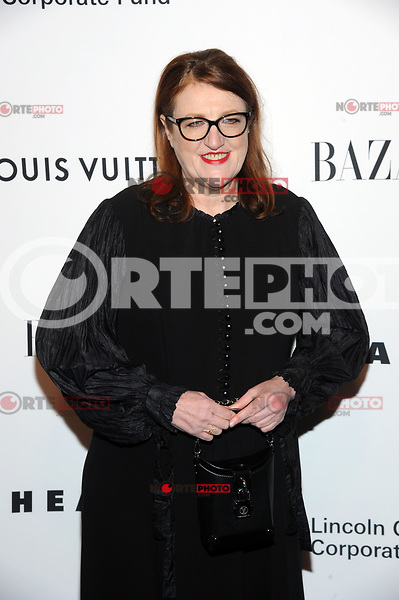 NEW YORK, NY - NOVEMBER 30: Glenda Bailey at the Lincoln Center Corporate Fund Gala at Alice Tully Hall in New York City on November 30, 2017. Credit: John Palmer/MediaPunch NortePhoto.com. NORTEPHOTOMEXICO