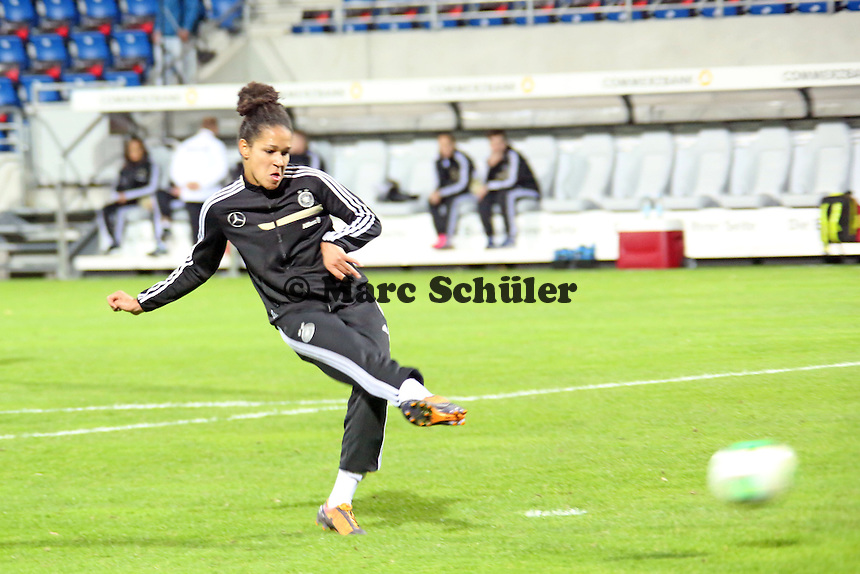 Celia Sasic (D) - Deutschland vs. Kroatien, WM-Qualifikation, Frankfurter Volksbank Stadion