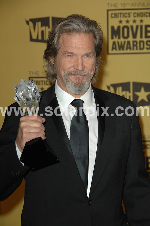 **ALL ROUND PICTURES FROM SOLARPIX.COM**.**SYNDICATION RIGHTS FOR UK, AUSTRALIA, DENMARK, PORTUGAL, S. AFRICA, SPAIN & DUBAI (U.A.E) ONLY**.15th Annual Critics' Choice Movie Awards Press Room at the The Hollywood Palladium , Hollywood, CA, USA. 15 January 2010..This pic: Jeff Bridges..JOB REF: 10479 PHZ Charlotte   DATE: 15_01_2010.**MUST CREDIT SOLARPIX.COM OR DOUBLE FEE WILL BE CHARGED**.**MUST NOTIFY SOLARPIX OF ONLINE USAGE**.**CALL US ON: +34 952 811 768 or LOW RATE FROM UK 0844 617 7637**