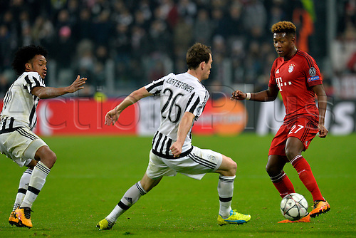 23.02.2016. Turin, Italy. UEFA Champions League football. Juventus versus Bayern Munich.  David Alaba and Stephan Lichtsteiner fight for the ball