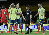 BOGOTA - COLOMBIA, 03-06-2019: Stefan Medina, Edwin Cardona de Colombia celebran después del partido amistoso entre Colombia y Panamá jugado en el estadio El Campín en Bogotá, Colombia. / Stefan Medina, Edwin Cardona of Colombia celebrate after a friendly match between Colombia and Panama played at Estadio El Campin in Bogota, Colombia. Photo: VizzorImage/ Gabriel Aponte / Staff