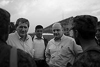Central Georgia, August 15, 2008.Richard Holbrook, left, and Alexander, Lomaia, Secretary of Georgia's National Security Concil, right, talk to Russian troops in the occupied zone. Russian troops control the main highway all the way to Goeti junction, a mere 38km away from the Georgian capital, Tbilissi.