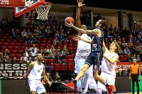 GRONINGEN - Basketbal, Donar - Weert, Dutch Baketball League, seizoen 2018-2019, 07-10-2018, Donar speler Grant Sitton op weg aar score