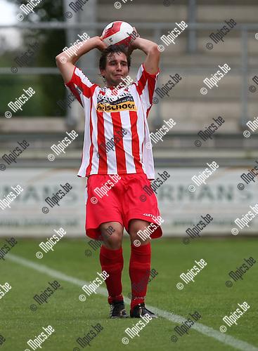 2009-07-19 / voetbal / seizoen 2009-2010 / Hoogstraten VV / COX Niels..Foto: Maarten Straetemans (SMB)