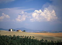 Farmhouse in the Tuscan hills near Siena, Tuscany, Italy