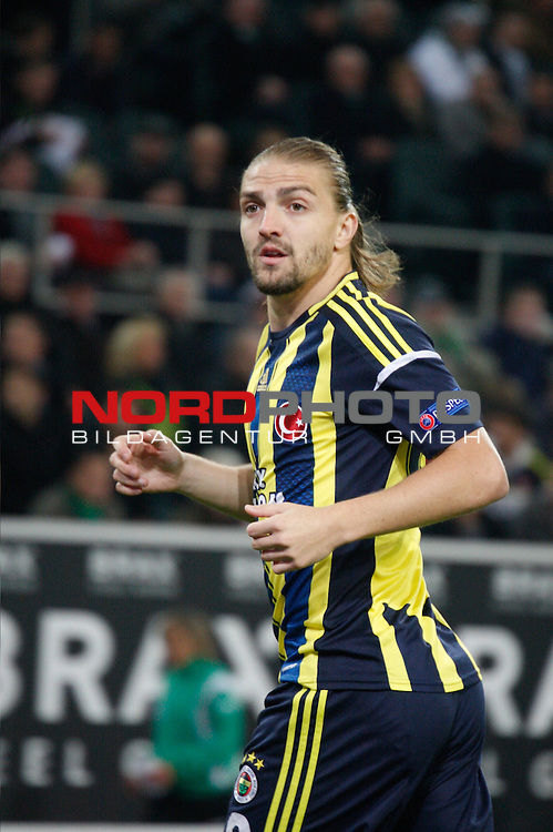 04.10.2012, Stadion im Borussia-Park, Moenchengladbach, GER, UEFA, EL, Borussia Moenchengladbach (GER) vs Fenerbahce Istanbul (TUR)<br /> <br /> im Bild: <br /> Erkin Caner, (Fenerbahce Istanbul, #88 )<br /> <br /> // during UEFA Europa League match between Borussia Moenchengladbach (GER) vs Fenerbahce Istanbul (TUR) at Stadion im Borussia-Park, Moenchengladbach, Germany on 04/10/2012<br /> <br /> Foto &copy; nph / Kaufmann *** Local Caption ***
