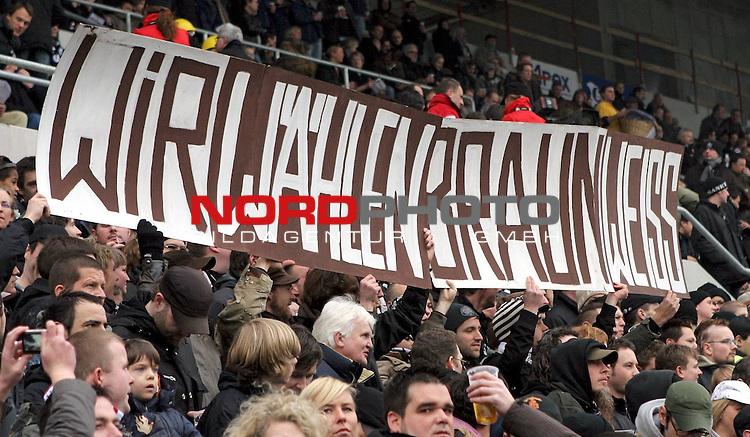 2.Liga 2007/2008  21. Spieltag Rueckrunde<br /> FC St.Pauli &ndash; vs. Greuther Fuerth<br /> <br /> Trotz Landtagswahlen in Hamburg 2008. St.Pauli stimmen f&uuml;r braunweiss ab. Sehr guter Stadionbesuch heute.<br /> <br /> <br /> <br /> Foto &copy; nph (nordphoto)<br /> <br /> *** Local Caption ***
