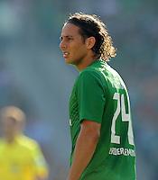 FUSSBALL   1. BUNDESLIGA   SAISON 2011/2012    8. SPIELTAG Hannover 96 - SV Werder Bremen                             02.10.2011 Claudio PIZARRO (SV Werder Bremen)