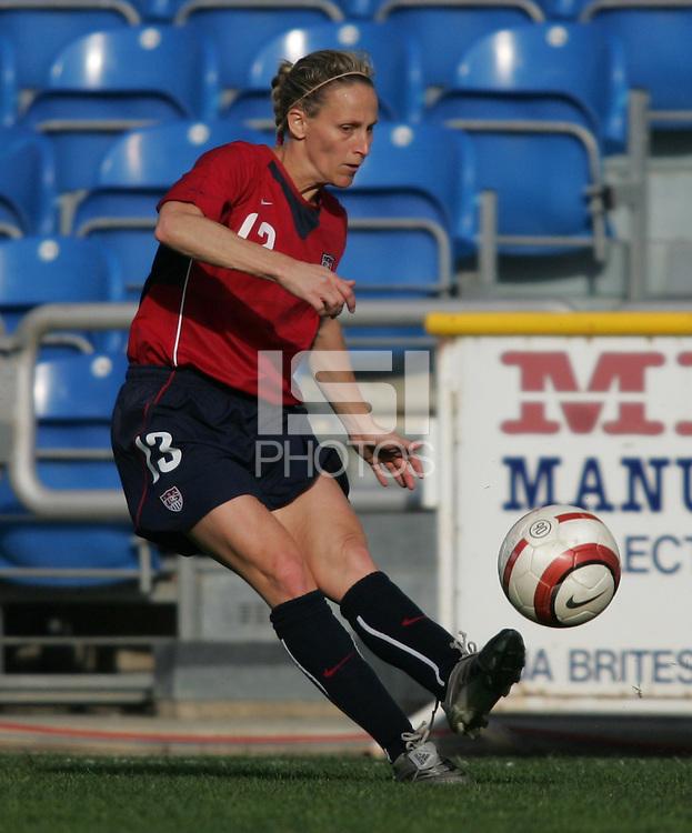 MAR 13, 2006: Faro, Portugal:  Kristine Lilly
