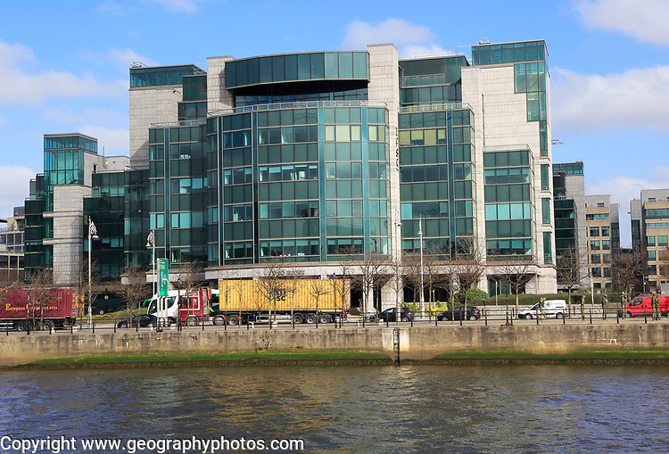 IFSC House, International Financial Services Centre, Custom House Quay, Dublin, Ireland, architects Burke-Kennedy Doyle & Partners 1991
