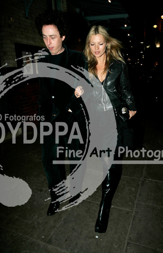 LONDON <br /> PICTURES BY:<br /> &copy; KATIE B-JUSTIN/EAGLEPRESS<br /> PLEASE CREDIT ALL USES<br /> -------------------------------------------------<br /> MODEL KATE MOSS SEEN LEAVING J SHEEKY'S WITH HER VALENTINE DATE(?) AFTER HER EX-PARTNER PETE DOHERTY...THIS IS THE FIRST TIME SHE BEEN SEEN ARM-IN-ARM WITH A MALE COMPANION! PERHAPS SHE'S TRYING TO PUT HER MISERIES BEHIND HER.....<br /> -------------------------------------------------<br /> CONTACT: EAGLEPRESS <br /> JAVIER MATEO <br /> 1F GRAND UNION CLOSE <br /> WOODFIELD ROAD <br /> W9 2BD <br /> MAIN: +44 (0)7786 514 443 <br /> SALES / SYNDICATION: +44 (0) 7866 493 740