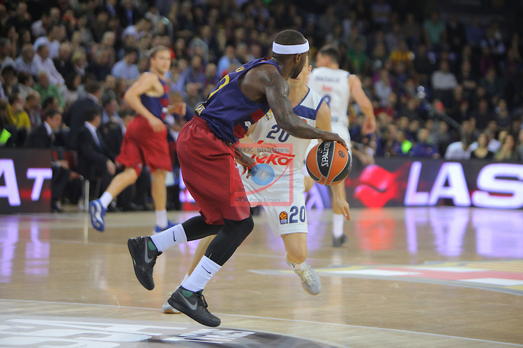 Turkish Airlines Euroleague 2016/2017.<br /> Regular Season - Round 8.<br /> FC Barcelona Lassa vs R. Madrid: 63-102.<br /> Tyrese Rice vs Jaycee Carroll.